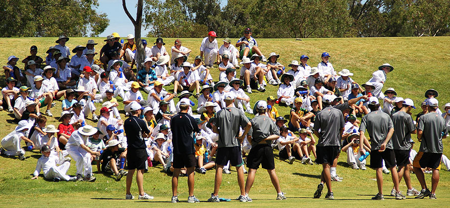 Coaches-at-Justin-Langer-Summer-Cricket-Camps-at-Hale-School,-Wembley-Downs