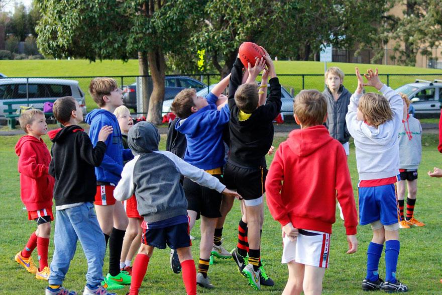 AFL-Training-Drills-ASC-Sports-Camp